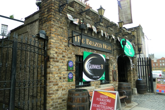 oldest pub in dublin, the brazen head