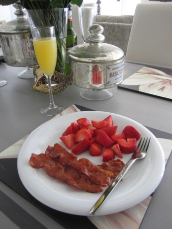 Bacon, Strawberries, Food, Mimosa, Sunshine, Pool